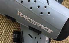 Race Face DIY Women's Schienbeinschoner (Rally) Größe L