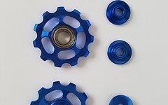 Funktionale Aluminium Schaltwerksröllchen 11 Zähne / Pully 11T *blau*