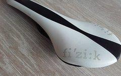 Fizik Tundra braided - Carbongestell, weiß-schwarz