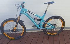 Yeti Sb6c in L Top Zustand