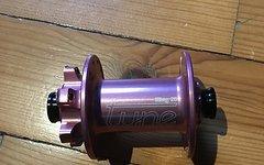 Tune King 28 Loch VR Nabe 15mm pink