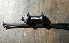 Shimano Deore HB-M615 CL Vorderrad Nabe 32L + DT Swiss Speichen