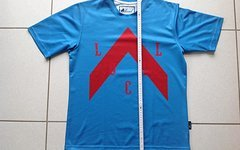 Local Outerwear Jersey Summit Gr. S Blue