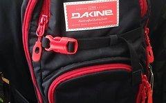 Dakine Session 8L Trinkrucksack