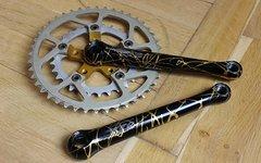 Tune Big Foot Design Kurbelgarnitur; Vuelta USA Kettenblätter; SR Sakae Titanium