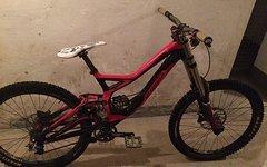 Specialized Demo Downhill Komplettbike mit Zubehör