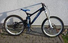 Rock Machine Whizz 90 / Top Zustand / Totem / Vivid Air / Avid Code R / Single Speed / (solid strike/propain rage)