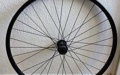 Shimano Vorderrad - Mavic Felge / Shimano XT Nabe / für 15mm Steckachse