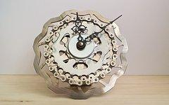 """Reformat-Handmade Upcycling Bike Uhr """"Flower"""""""