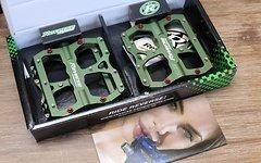 Reverse Components Pedal Escape Green Pedal 405g