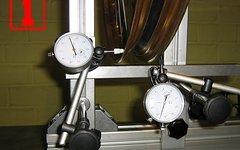 Zentrierständer -2 Messuhren,massiv,stabil-mit Anleitung!