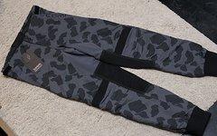 Sombrio DH Pants Girls M *Lagerverkauf*
