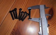 Titan Schrauben 2 mal M5x35mm 6 mal M5x30m schwarz