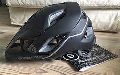 661 SixSixOne MTB EVO AM Enduro Helm, Gr. M/L, mattschwarz