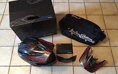 Troy Lee Designs D3 Pinstripe II Carbon Schwarz Top Fullface DH Helm