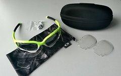 Oakley Jawbone Custom Sportbrille mit Wechselgläsern black iridium vented / clear vented