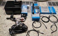 Shimano XTR Di2 Gruppe 2x11 RD-M9050 FD-M9070 SW-9050 Neu!