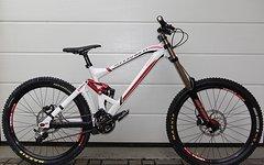 Mondraker Summum Gr. L Downhill-Bike mit Marzocchi 888 Titanium Fox DHX RC2
