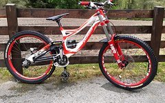 Specialized DEMO 2011 Groesse S 1200,-Euro