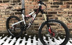 YT Industries First Play 24
