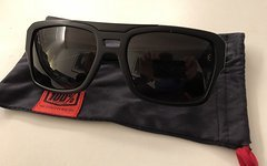 100% Burgett Sonnenbrille, matt black, inkl. Versand!