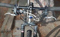 Joven Custom-built strong and light Titanium MTB Shimano XTR