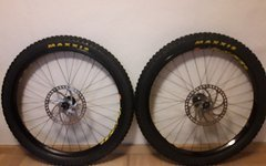 Hope/mavic Hope Pro 2 Evo mit Mavic EX721 Maxxis Minion