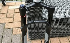 Rock Shox Bluto RL 26Zoll Pushlock Black
