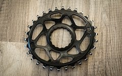 Absolute Black Kettenblatt 30 Zähne oval RaceFace Cinch