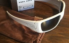 Oakley FUEL CELL Neu! Polished White Lens: Black Iridium