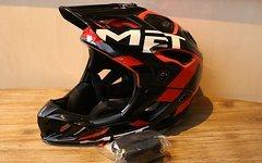 MET Parachute Fullface Helm black 54-58cm *NEU*