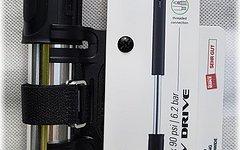 Lezyne V Drive Medium Pumpe - silber/schwarz