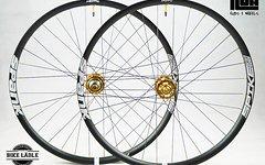 Spank Spike 33 Race 650b EVO Laufradsatz Tubeless Ready mit NOA-Bl-EVO BOOST Naben