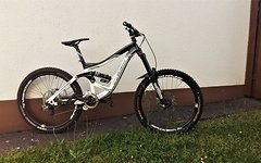 Specialized Big Hit Gr.M Neuwertig / Hope Spank Code 66 CC DB