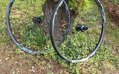 Tune Preissenkung! Black Burner AM / Enduro 29er Laufradsatz - mit Garantie