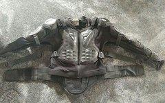 Fox Titan Sport XL Protektoren Jacke Rückenprotektor Brustprotektor Arme Armlinge
