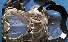 Fox  Racing Brust- und Rückenprotektor