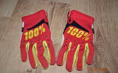100% Airmatic Gloves Gr. S
