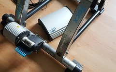 Tacx Cosmos Trainer Rolle + T1925