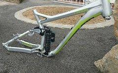 """Radon Swoop 210 Größe M/18"""" Downhillbikerahmen inkl. Fox DHX RC4 Kashima, Acros Steuersatz und Syntace X12 Achse"""