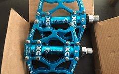 RB Pedale BLAU Fahrradpedale Radpedale MTB Freeride Downhill Cross