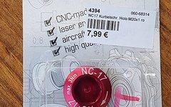NC-17 Kurbelschraube Holo M20x1 rot