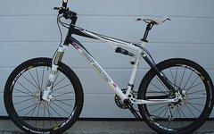 """Rocky Mountain Element 50 Fully MTB 26"""" weiß/schwarz Größe XL"""