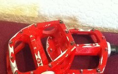 DMR V8 Flat Pedal