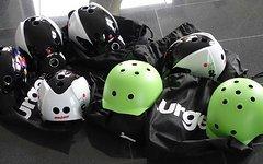 Urge Endur-o-matic Helm schwarz/weiss S-M neu