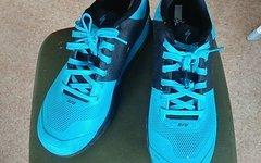 Specialized 2FO Flat Schuhe GR 44  NEu