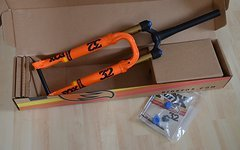 "Fox  Racing Shox 32 Float SC StepCast Fit4 Factory , 27,5"", 100mm, 15x110mm, Boost, *Neu*"