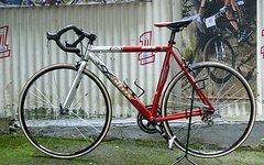 Altrix , Straßenrennrad von ALTRIX , 16 Gang - Kette von SHIMANO - SORA