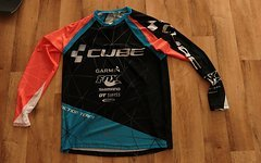 Cube Action Team Langarm Trikot - Gr. M - neu