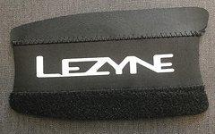 Lezyne Smart Chainstay Kettenstrebenschutz, Größe M